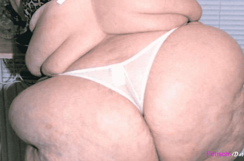 Die fette Frau macht beim Fetisch Dating mit
